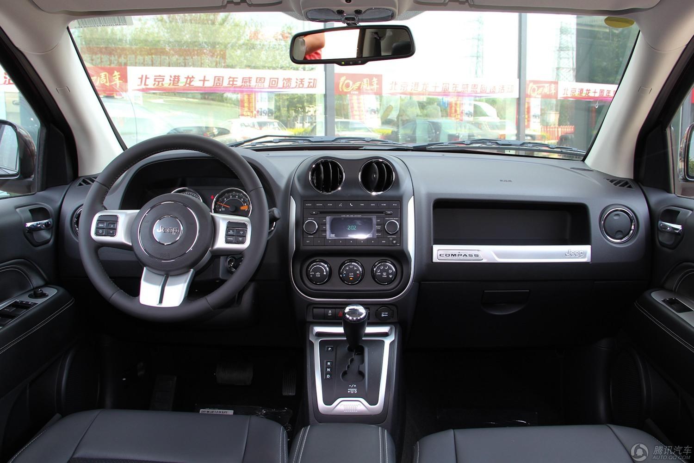 Jeep指南者 2014款 2.4L 四驱蛇行珍藏版