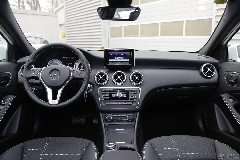 奔驰A级 2015款 A 200 时尚型