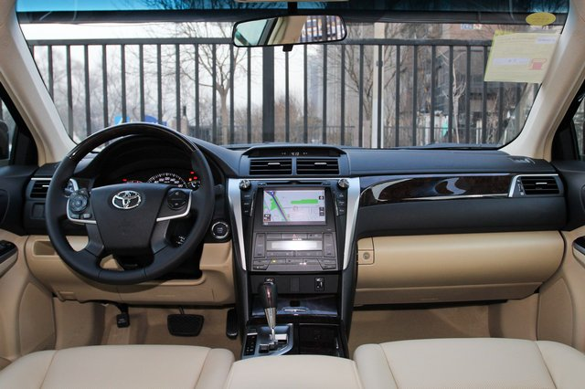 丰田凯美瑞 2015款 2.5G 豪华导航版