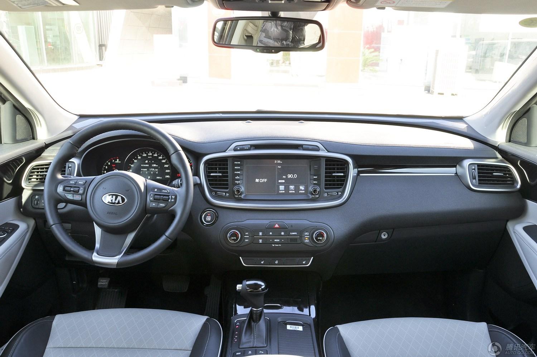 起亚索兰托 2015款 索兰托L 2.4L GDI 汽油4WD旗舰版5座(国V)