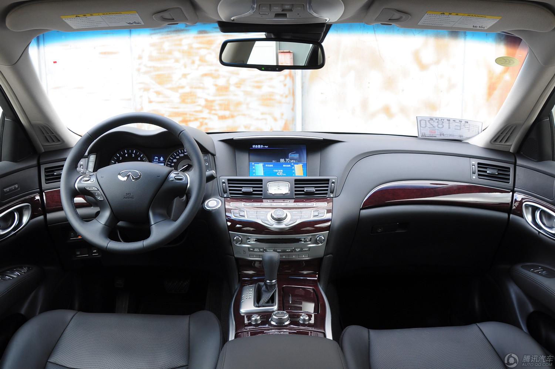 英菲尼迪 Q70L 2015款 2.5L 基本型