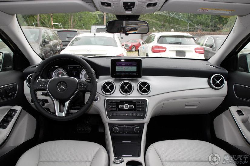 奔驰 奔驰GLA级 2015款 GLA 220 4MATIC 时尚型
