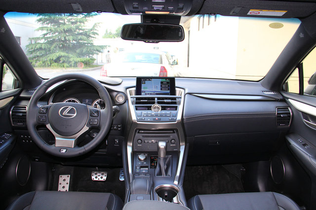 雷克萨斯 雷克萨斯NX 2015款 200t AT全驱 F SPORT