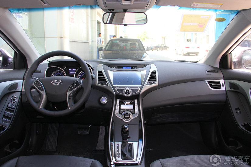 现代 朗动 2015款 1.6L AT尊贵型