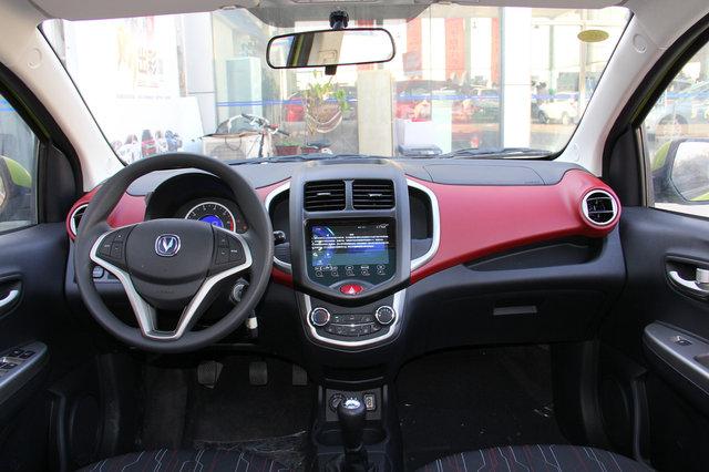 长安汽车 奔奔 2015款 1.4L MT天窗版(国V)
