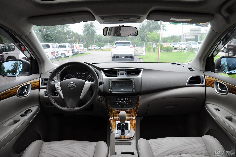 日产 轩逸  2012款 1.8XL CVT豪华版