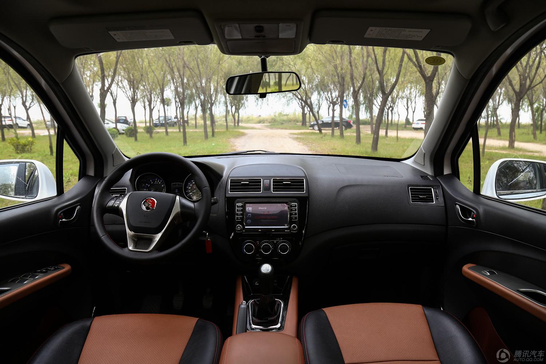 东风风行 景逸X5  2015款 1.6L MT尊享型