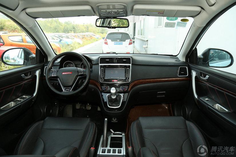 哈弗H6  2015款 升级版 1.5T MT两驱尊贵型