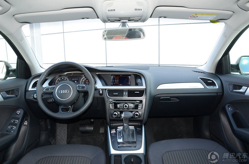 奥迪A4L 2016款 45 TFSI quattro个性运动型