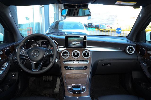 奔驰GLC级 2016款 GLC 300 4MATIC 动感型