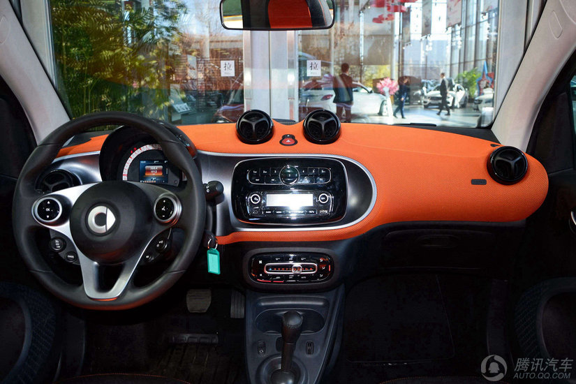 smart Fortwo 2015款 1.0L DCT激情版