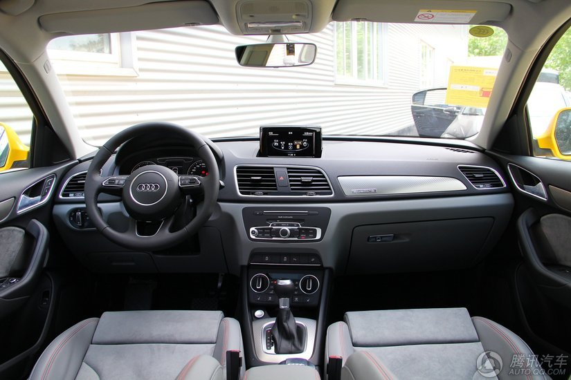 奥迪Q3 2016款 35 TFSI quattro全时四驱风尚型