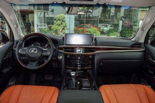 雷克萨斯LX 2016款 570 动感豪华版