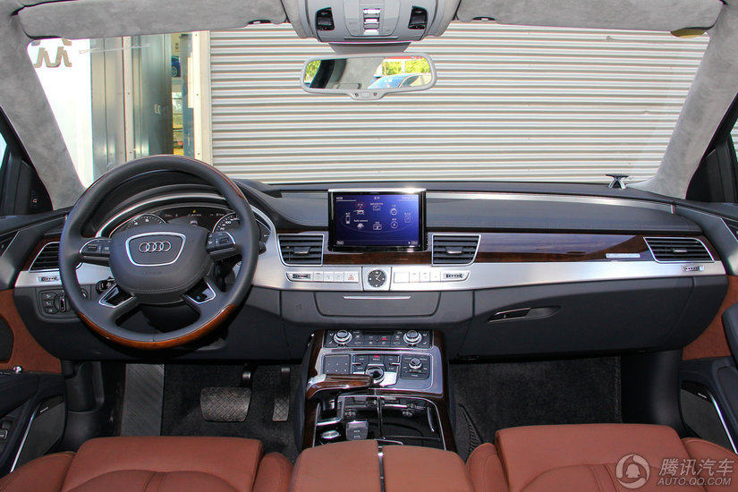 奥迪A8L 2016款 6.3 FSI W12 quattro旗舰型