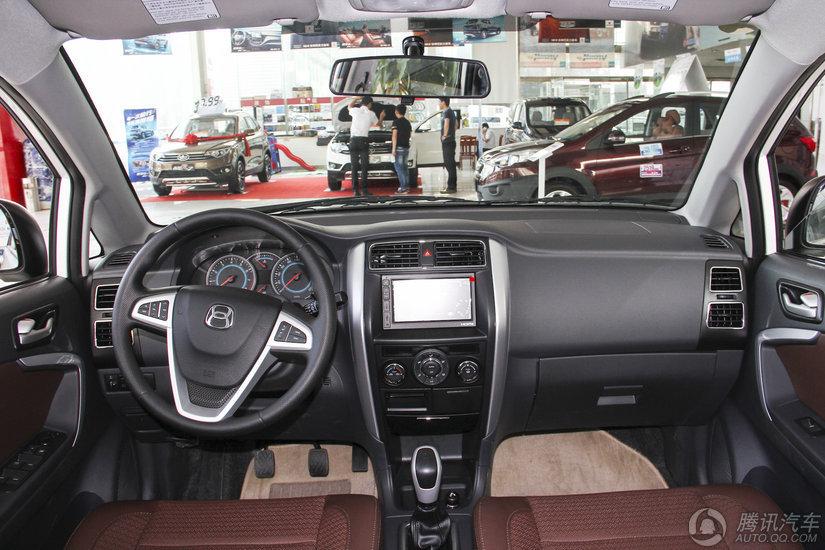 利亚纳A6 2016款 三厢 1.4L MT畅想型