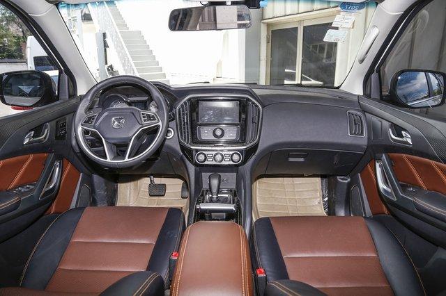 驭胜S350 2016款 2.0T AT两驱汽油豪华版(7座)