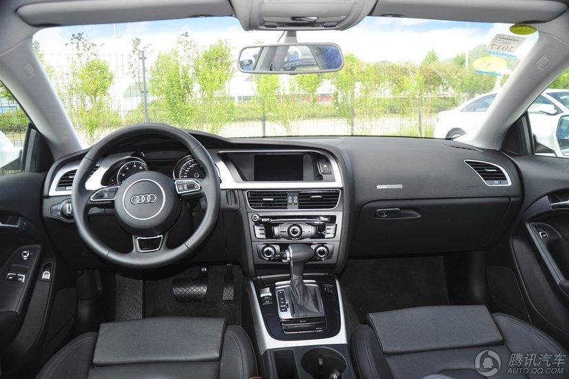 奥迪A5 2016款 改款 Cabriolet 45 TFSI 进取型