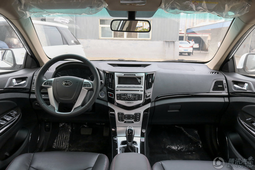 比亚迪e5 2016款 300 舒适型