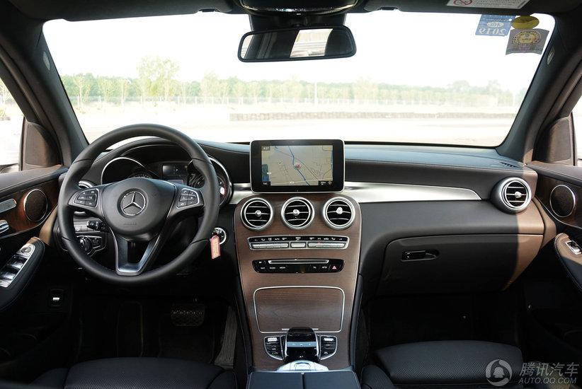 奔驰GLC级 2017款 GLC 300 4MATIC 豪华型