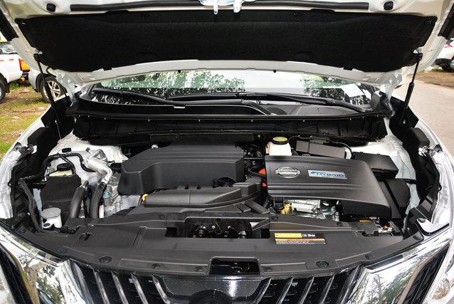 楼兰 2017款 2.5 S/C HEV XE 四驱混动尊尚版