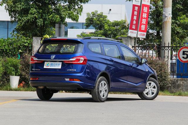 宝骏310W 2017款 1.5L MT舒适型