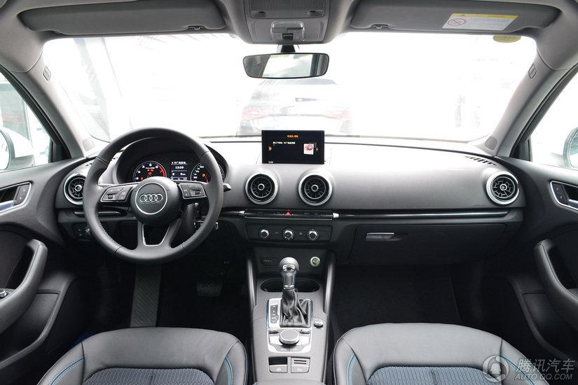 奥迪A3 2018款 30周年 Sportback 35 TFSI 时尚型