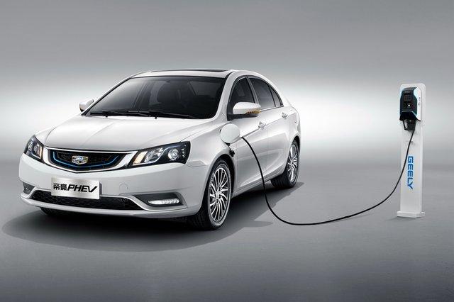 兼顾油耗和续航 自主高品质插电混动车型推荐