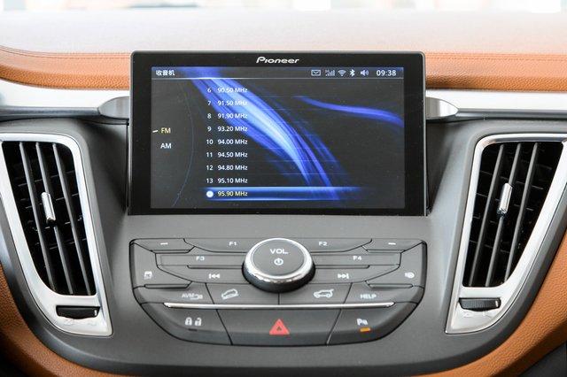 东南DX7 2018款 1.5T AT尊贵型