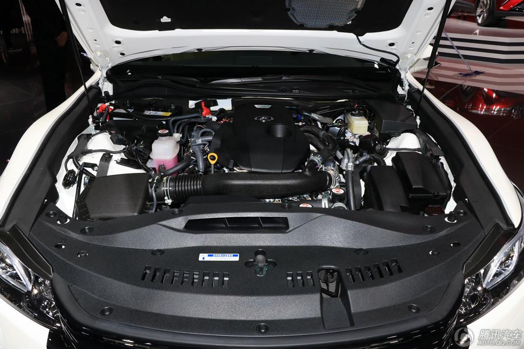 2015款丰田皇冠腾讯汽车