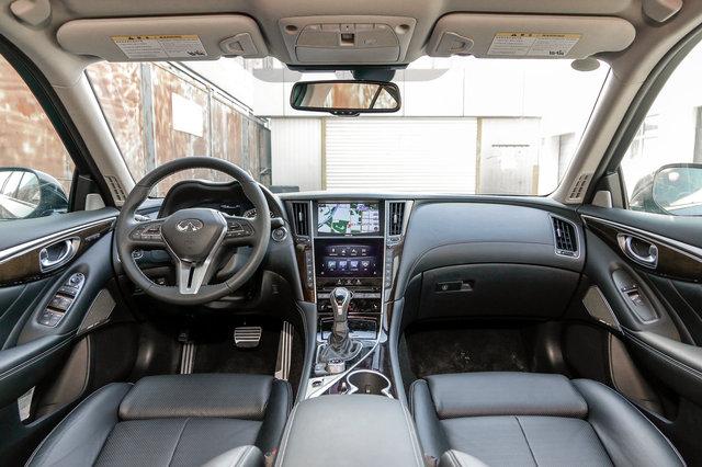 英菲尼迪Q50L 2018款 2.0T 豪华运动版
