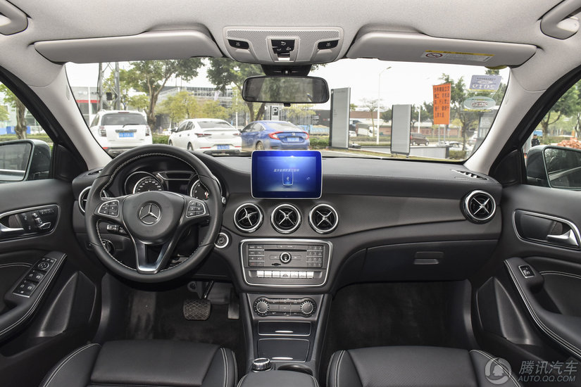 奔驰GLA级 2017款 GLA 200 时尚型