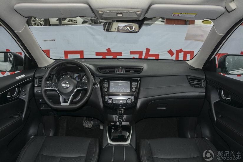 奇骏 2017款 2.5L CVT四驱豪华版(5座)