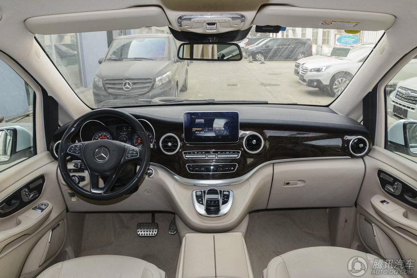 奔驰V级 2017款 V260 尊贵版