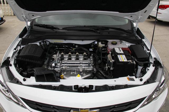 1965nm9a�9c��f,X�`_0t三缸发动机,最大功率为88kw,峰值扭矩165nm,与之匹配的是双离合变速