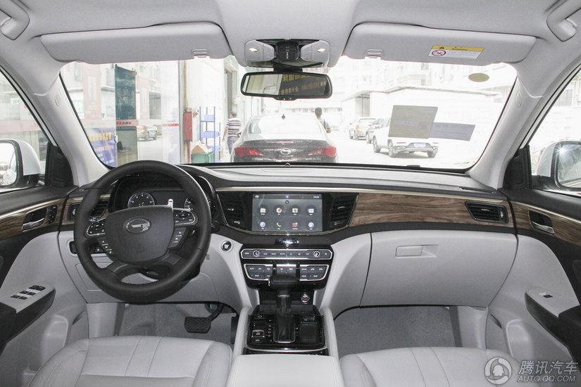 传祺GS8 2017款 320T 两驱豪华智联版