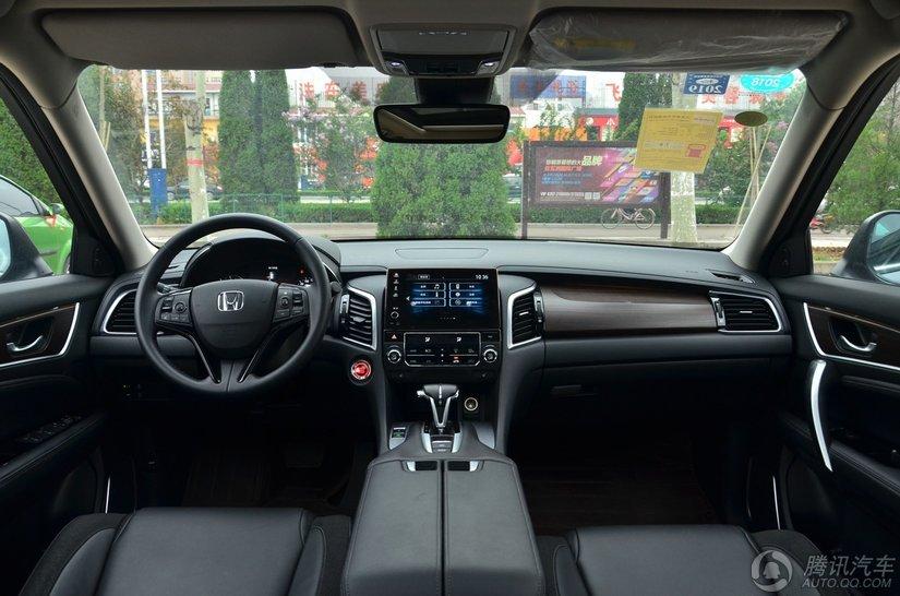 冠道 2017款 240TURBO 两驱尊享版