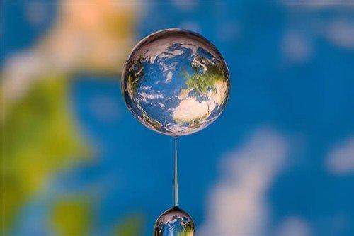 漂亮的水珠地球 德国摄影师微距作品