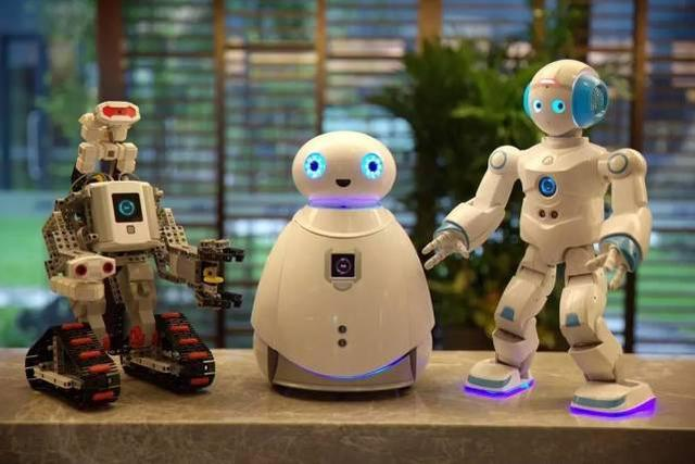 能力风暴教育机器人亮相CES 不只是能编程