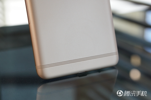 三星C9 Pro评测:大屏超薄设计 相机玩法丰富