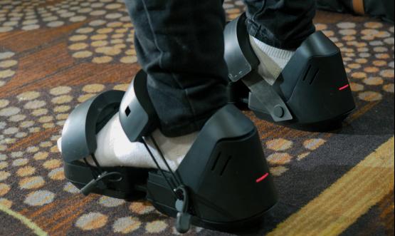 用脚探索虚拟世界 VR鞋子Taclim亮相