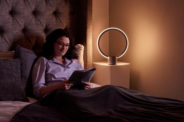 通用电气概念LED台灯将开卖 人工智能成加分项