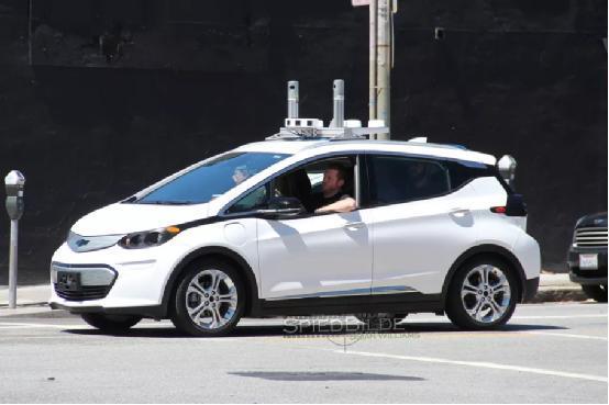 通用已经开始测试无人驾驶汽车了 代号都很酷