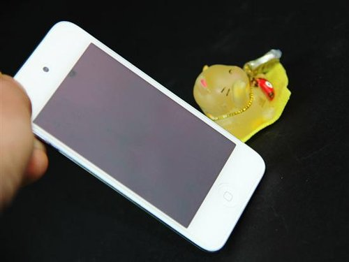 最真实一面 iPod touch4白色美图赏析_数码_腾