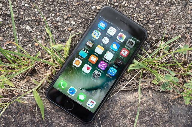 """手机维修难易度排行出炉 三星S7顺利""""取胜"""""""