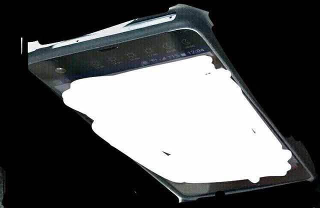 连LG都要抄袭?HTC拍照新机也玩大小屏设计