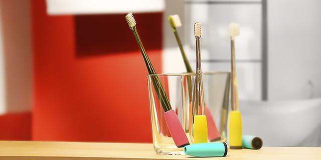 【寒武】教小孩刷牙很麻烦? 这个牙刷尾巴能帮你
