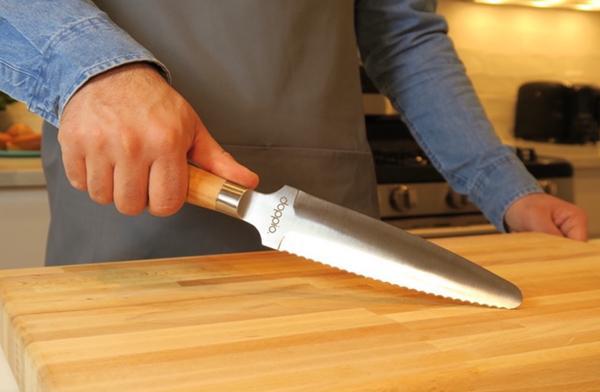 一把菜刀两种用法 几乎什么都能切