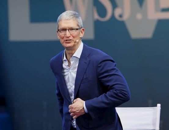 苹果正是靠这个策略才使得产品大卖