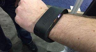 SSD也可穿戴 将1TB硬盘戴在手腕上酷酷的
