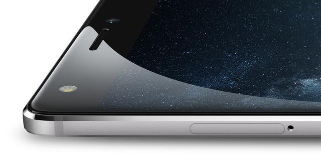 传华为Mate10也将取消3.5mm插孔 引入全面屏设计